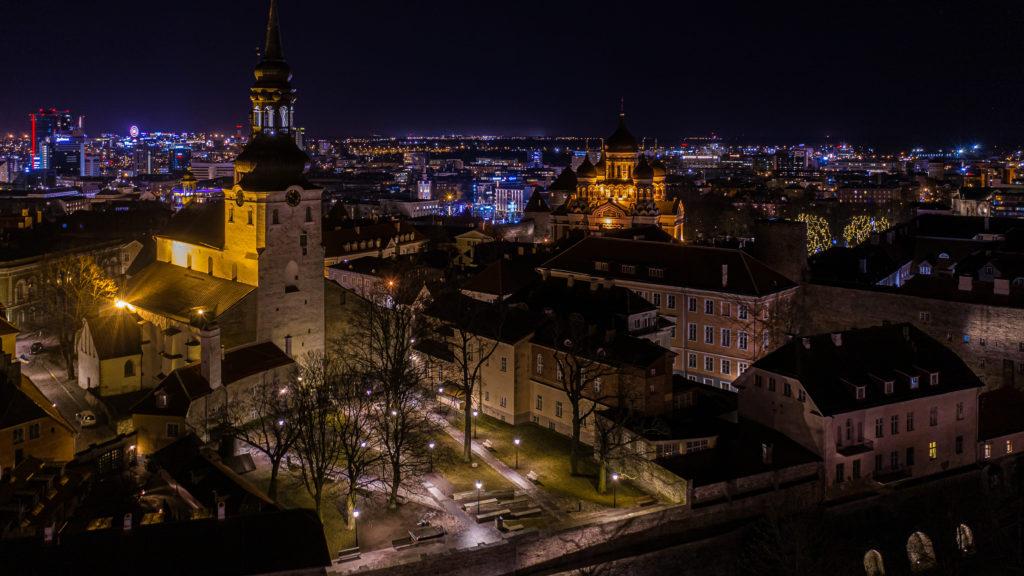 Night in Toompea, Tallinn